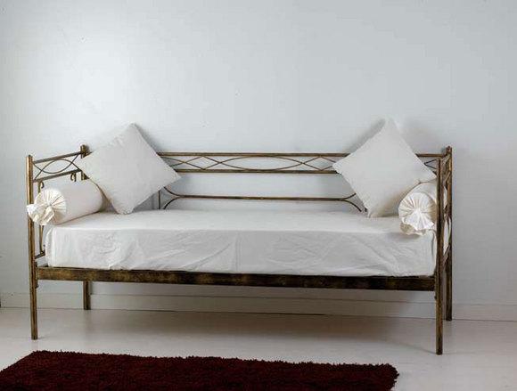 Divano letto penelope letti e materassi bologna for Divani in ferro battuto
